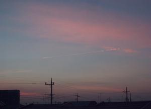 20150402赤い飛行機雲