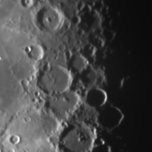20150511下弦の月面X