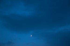 20150620夕方の月と木星