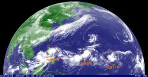 20150704台風が三つ
