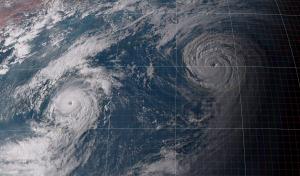 20150823-1700ダブル台風