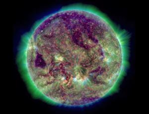 20150905_NASA_SDO_CME発生