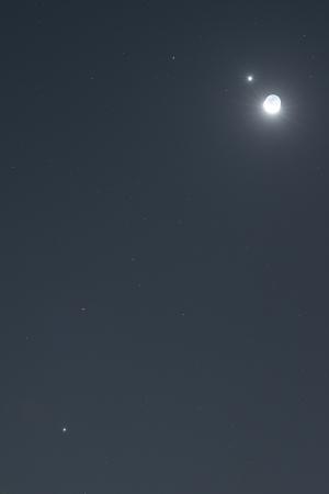 20151009明け方の月と惑星