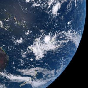151016-1200南半球のサイクロン2号