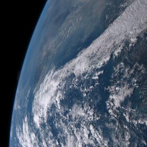 20151204_1740気象衛星画像