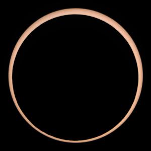 120521_073644金環日食