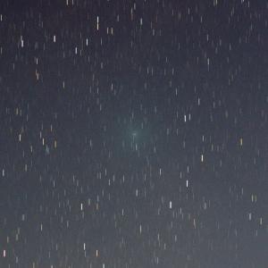 20160327リニア彗星(252P)拡大