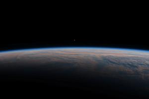 150721-0150地球と金星ツーショット
