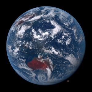 20160819-1230地球と月