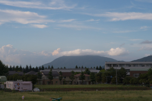 20160821筑波山にかかる雲