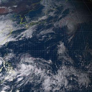 20161012-1500気象衛星