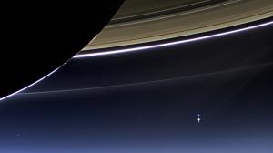20130719探査機カッシーニによる土星と地球