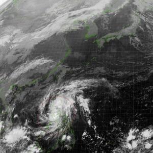 20171109-2100台風24号