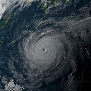 20180709-1800jst台風8号