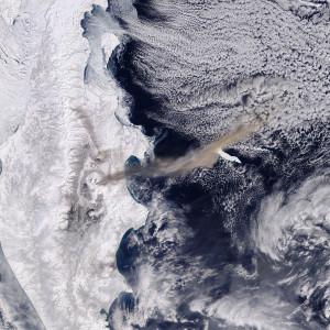 20190316ベズイミアニ山噴火