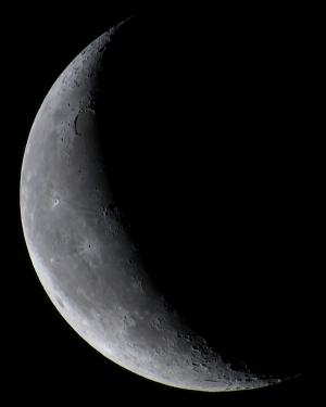 20210407明け方の月