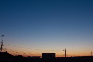 20210426日没10分後の西空